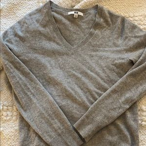 Cashmere Uniqlo sweater